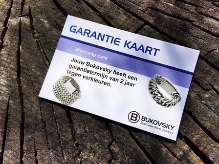 """De gepolijste stalen ring """"Tough"""" wordt geleverd met een Garantiekaart tegen verkleuren. De garantietermijn hiervoor is 2 jaar."""