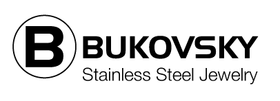 """De gevlochten zwarte leren armband Bukovsky """"SL6670"""" met geborstelde stalen sluiting. Verkrijgbaar in de armbandmaten 19 cm, 20 cm, 21 cm, 22 cm en 23 cm."""